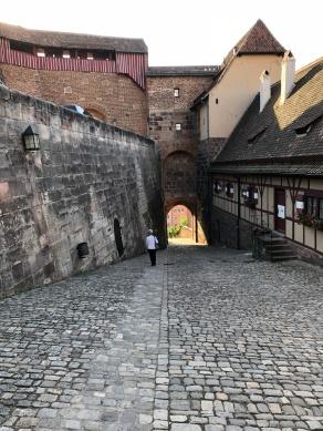 Въезд в Замок